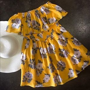 Minkpink Yellow floral dress size small